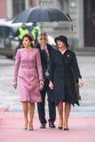 Princesse héritière Mary Elizabeth du Danemark et Première Dame de la Lettonie, Iveta Vejone image stock