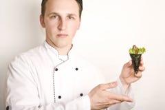 Principal cocinero del retrato con para preparar susi Fotografía de archivo libre de regalías