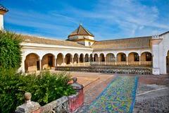 Principal de patio de La Casa de Pilatos, Séville en Espagne. photo stock