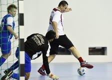 Principal-ministro romeno Victor Ponta Plays Football Imagens de Stock