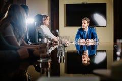 Principale réunion d'affaires interne informelle de chef et d'entrepreneur Photos stock