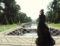 Principessa scura sul ponte fotografie stock libere da diritti