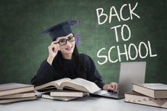 Principiante abile con il tocco di nuovo alla scuola Immagine Stock Libera da Diritti