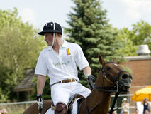 Prins Harry Playing Polo Stock Afbeeldingen