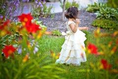 Prinses in de tuin Stock Foto's