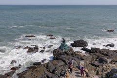 Prinses Hwagok Mermaid Statue in Dongbaek-Park in Busan-stad royalty-vrije stock foto's