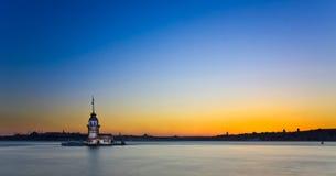 Prinses Island in Istanboel, bij zonsondergang, panorama Stock Afbeeldingen