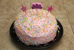 Prinsessaflickas kaka för födelsedag Royaltyfri Fotografi
