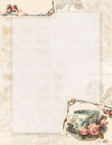 Printable винтажные затрапезные шикарные чашка и розы неподвижные или предпосылка стиля стоковая фотография rf