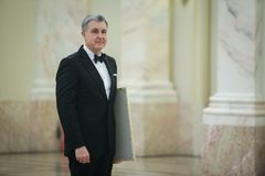 Prinz Radu von Rumänien nimmt an einer Zeremonie teil lizenzfreie stockfotografie