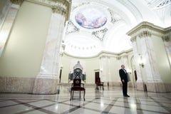 Prinz Radu von Rumänien nimmt an einer Zeremonie teil stockfotografie