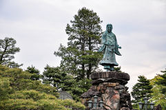 Prinz Yamato Takeru in Kenroku-Garten in Kanazawa, Japan lizenzfreies stockfoto