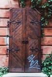 Priorità alta di vecchia porta di legno Fotografie Stock