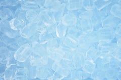 Priorità bassa blu dei cubi di ghiaccio Fotografia Stock Libera da Diritti