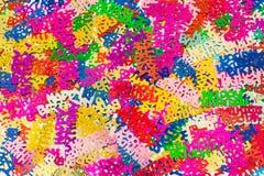 Priorità bassa Colourful dei coriandoli di buon compleanno   Fotografia Stock Libera da Diritti