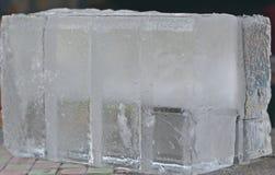Priorità bassa con i cubi di ghiaccio Fotografie Stock