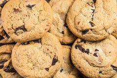 Priorità bassa dei biscotti di pepita di cioccolato Fotografia Stock