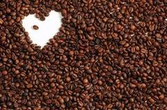 Priorità bassa del caffè con cuore immagine stock libera da diritti