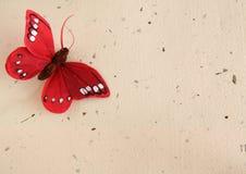 Priorità bassa del documento e della farfalla Immagini Stock