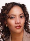 Priorità bassa del latino-americano della giovane donna del ritratto Fotografie Stock