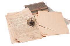 Priorità bassa dell'annata con vecchio documento, vecchia penna dell'inchiostro Immagini Stock Libere da Diritti