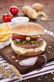 Priorità bassa dell'hamburger. Fotografia Stock