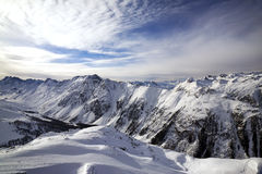 Priorità bassa dell'intervallo di montagna dello Snowy Immagini Stock Libere da Diritti