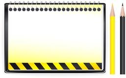 priorità bassa della costruzione con il blocchetto per appunti e il penci Immagine Stock