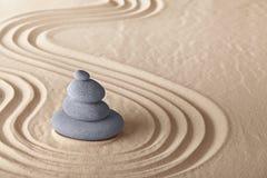 Priorità bassa della pietra di meditazione del giardino di zen Fotografie Stock Libere da Diritti