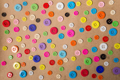 Priorità bassa di cucito dei tasti Bottoni di cucito variopinti Immagini Stock Libere da Diritti