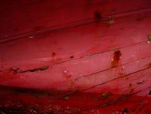Priorità bassa di legno incrinata rosso scuro Immagine Stock Libera da Diritti
