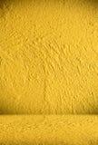 Priorità bassa gialla della parete Immagini Stock Libere da Diritti
