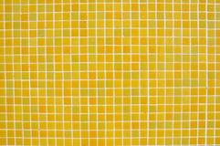 Priorità bassa gialla delle mattonelle Fotografia Stock Libera da Diritti