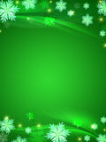 Priorità bassa verde dei fiocchi di neve di cristallo illustrazione vettoriale
