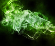 Priorità bassa verde dell'estratto del fumo immagini stock