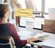 Prioritera begreppet för angelägenhet för Effectivitybetydelseuppgifter royaltyfria bilder