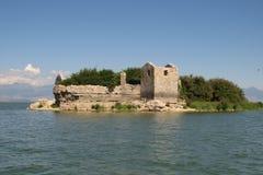 Prisão velha no lago Imagem de Stock