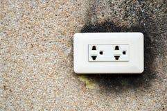 Prise électrique sale Images libres de droits