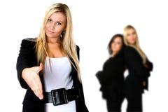 Prise de contact confiante d'affaires Photographie stock libre de droits