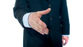 Prise de contact de offre d'homme d'affaires moderne Images stock