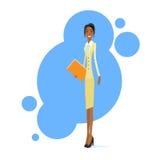 Prise de sourire d'African American Race de femme d'affaires Photographie stock libre de droits