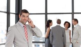 prise de téléphone d'homme d'affaires Images libres de droits