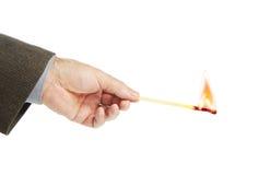 Prises d'homme brûlant le match images libres de droits
