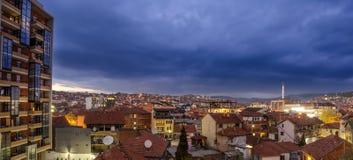 "Prishtina Pristina Kosovo bij Nacht†""Panorama royalty-vrije stock foto"