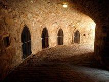 Prisión subterráneo de la mazmorra del castillo Fotos de archivo libres de regalías