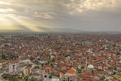 Prisren em Kosovo no por do sol Imagens de Stock