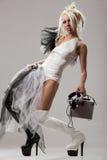 Pritty DJ in vestito di cuoio in bianco e nero Immagine Stock Libera da Diritti