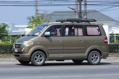 Privé auto, Mini Van van Suzuki APV Royalty-vrije Stock Foto