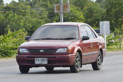 Privé auto TOYOTA SOLUNA stock afbeelding