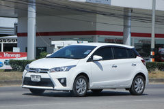 Privé auto Toyota Yaris Stock Afbeelding